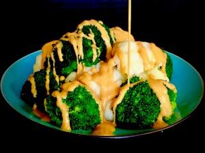 The Best INSTANT POT Vegan Cheese Sauce!