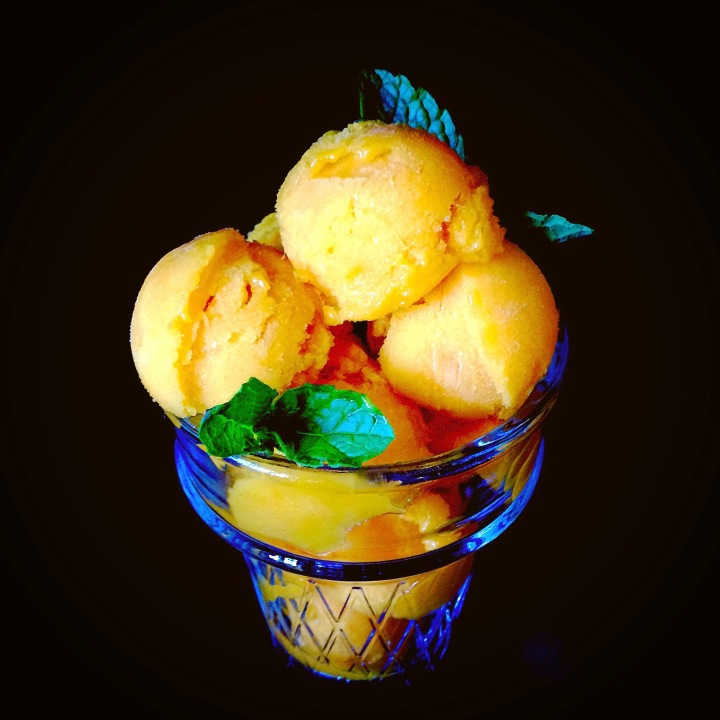 One Ingredient MANGO SORBET!