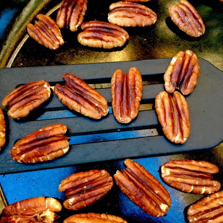 Dry Toasting Pecans- no oil needed!