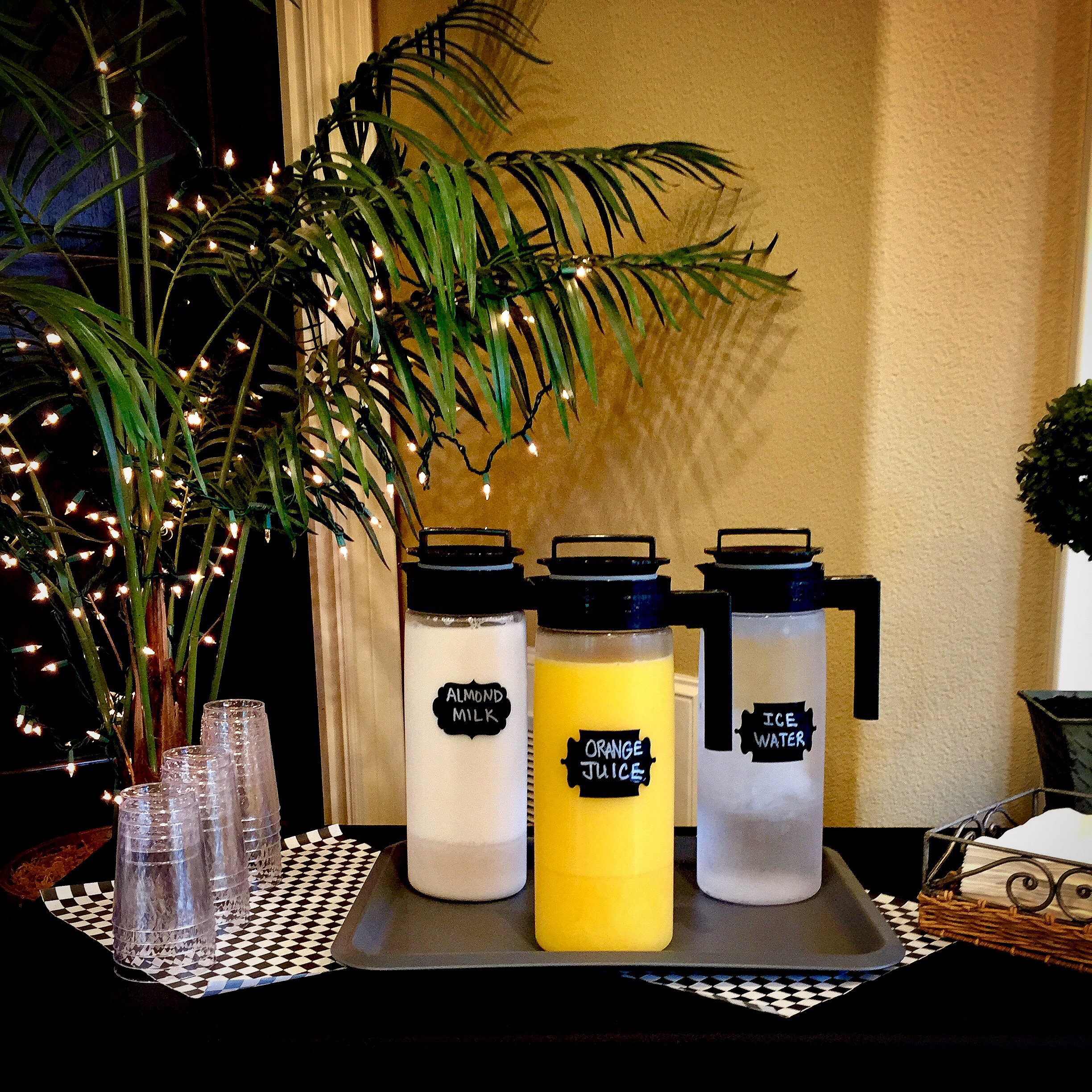 How to keep Beverages Cold: Breakfast Buffet for Overnight Guests